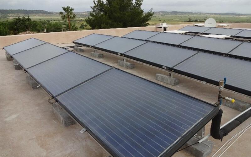 placas solares hotel